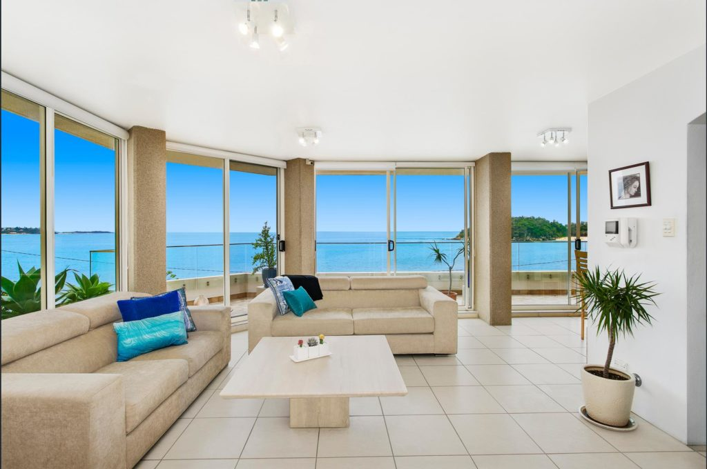 https://www.realestate.com.au/sold/property-apartment-nsw-manly-127779094